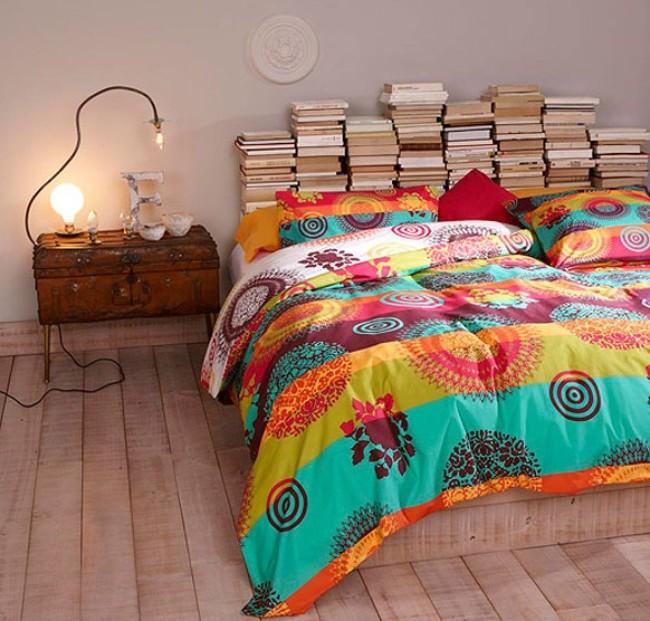 Идея изголовья для любителей почитать перед сном