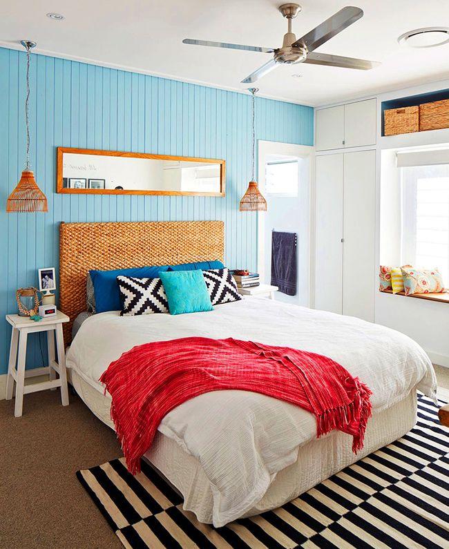 Такой экологически чистый материал, как лоза, хорошо подойдёт для изголовья кровати на даче либо для тех, у кого весь интерьер выполнен в соответствующей стилистике