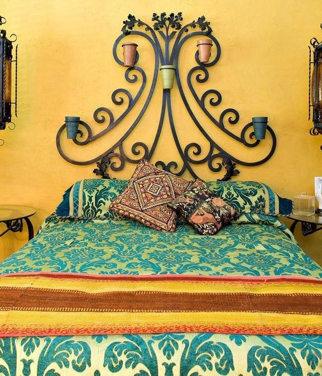 Металлическое изголовье в марокканском стиле, придаст интерьеру особенную восточную роскошь