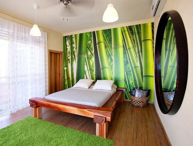 Кровать из дерева отлично впишется в любой интерьер и подчеркнёт эстетический вкус хозяина