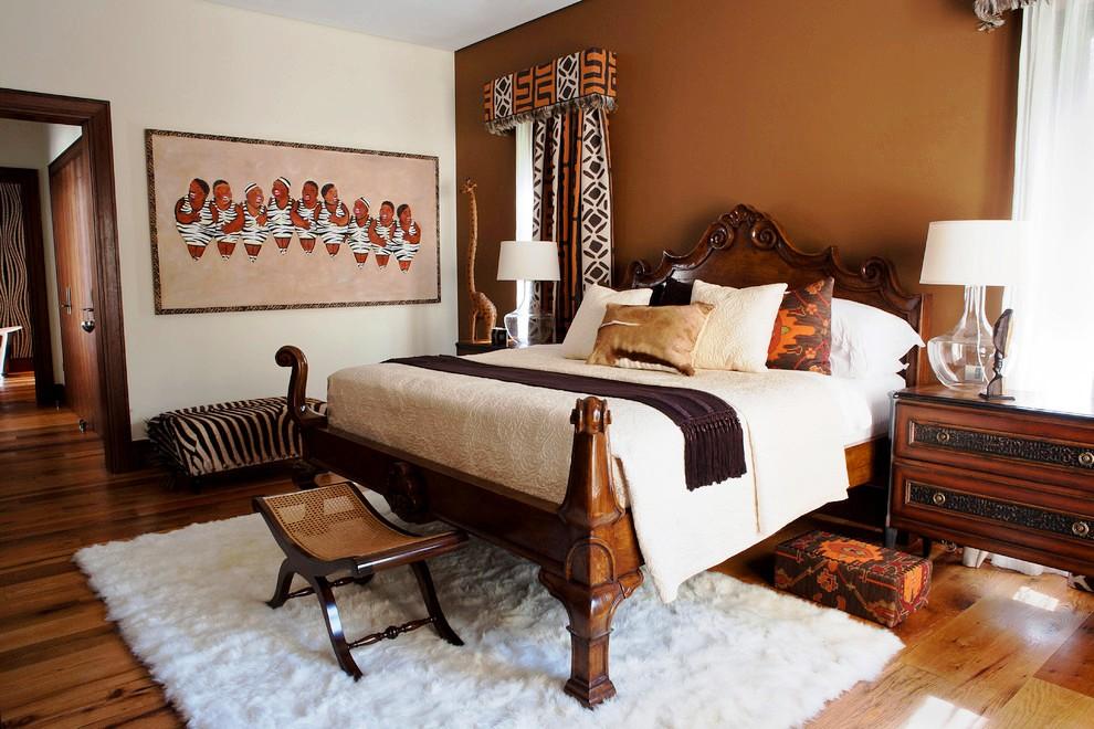 Роскошная деревянная кровать в африканском стиле заставит хозяина почувствовать себя в саванне