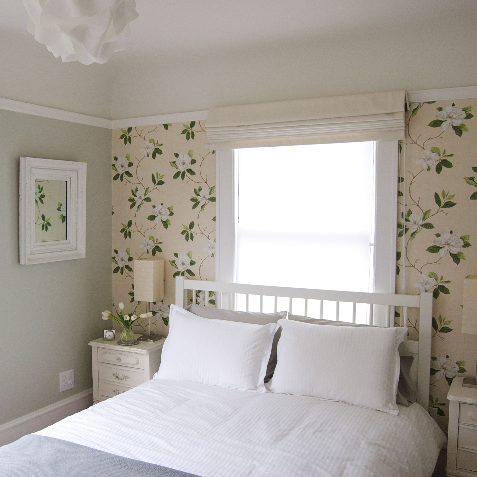 Bedroom Window Design Ideas Bedroom Wallpaper Pic Bedroom Furniture Ideas Superhero Bedroom Wallpaper: Обои в цветок в интерьере (50 фото): романтика природы в