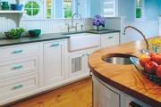 Фото 1 Пластиковые панели для кухни (60 фото): идеи для стильной отделки кухонного фартука, стен и потолка
