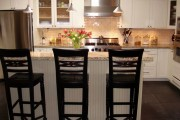 Фото 13 Пластиковые панели для кухни (60 фото): идеи для стильной отделки кухонного фартука, стен и потолка