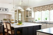 Фото 8 Потолочные багеты (45 фото): изящный декор комнаты без особых усилий
