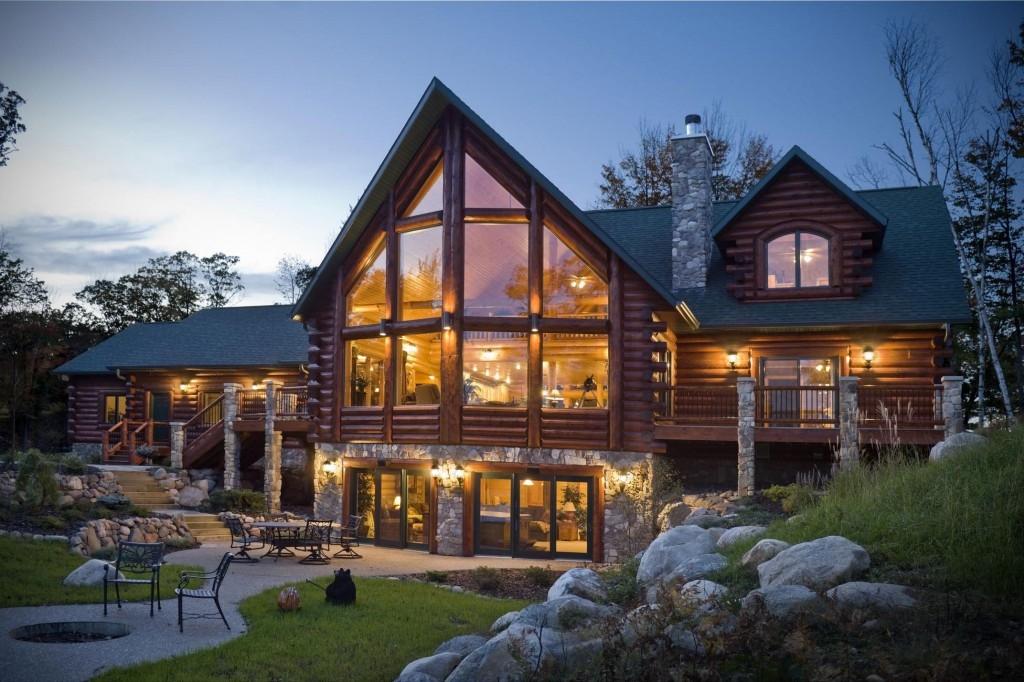 Большие окна и приятное освещение создают настоящую сказочную атмосферу