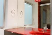 Фото 12 Раковина в ванную комнату (65+ моделей в интерьере): обзор современных материалов и как не ошибиться с размерами?