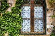 Фото 5 Кованые решетки на окна (65 фото): безопасность и декор в едином решении