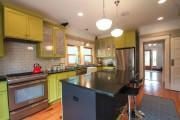 Фото 22 Шкафы для кухни (55 фото): функциональные, вместительные, стильные
