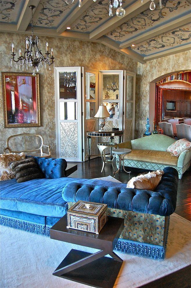 Ярко-синий двусторонний диван