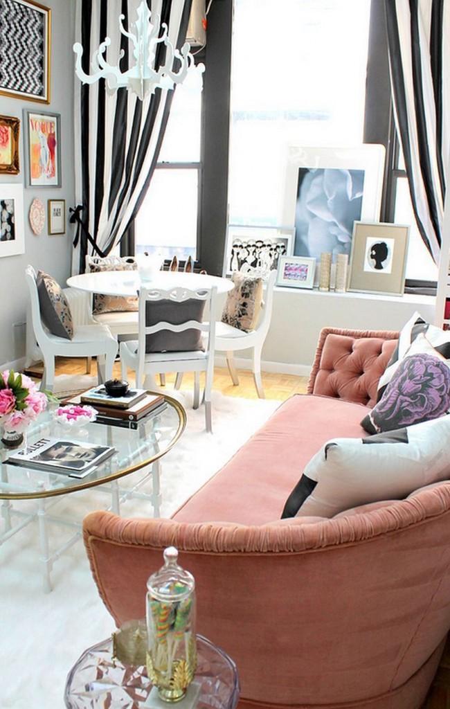 Бледно-розовый полукруглый диван
