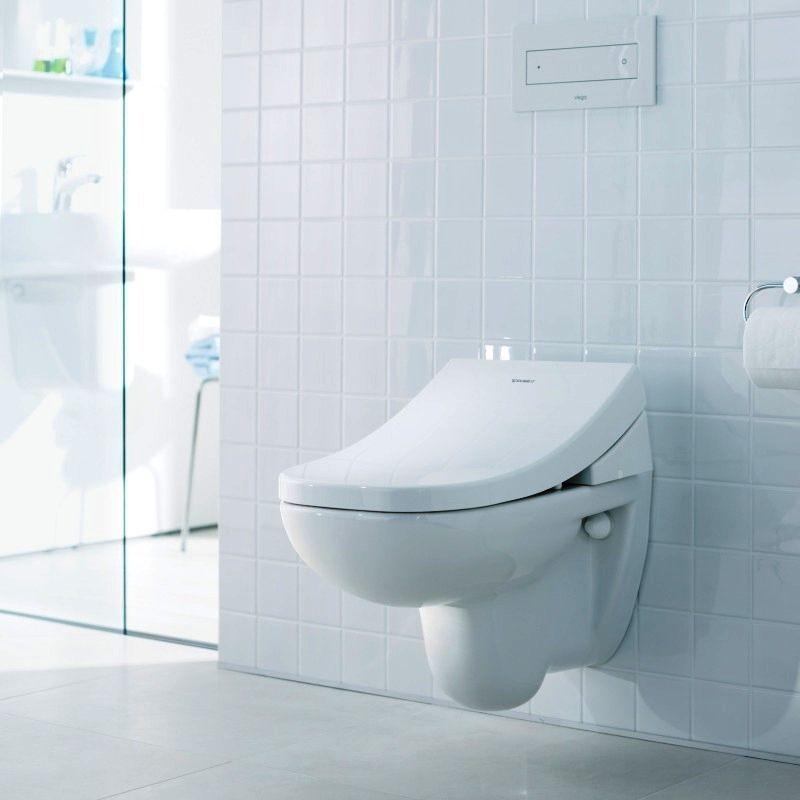 Подвесной унитаз-биде в ванной