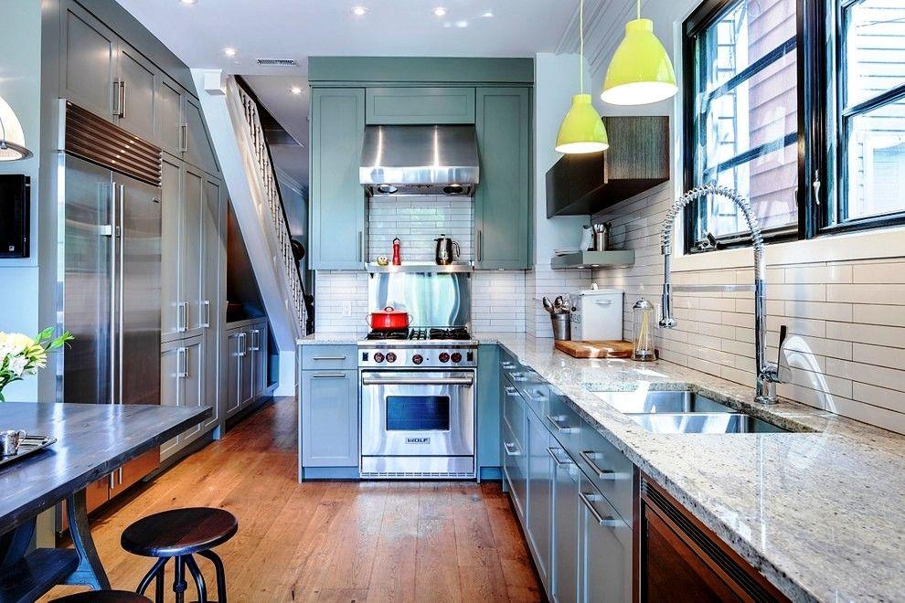 Встроенная кухня превращает все элементы кухонной утвари и техники в один слаженный организм