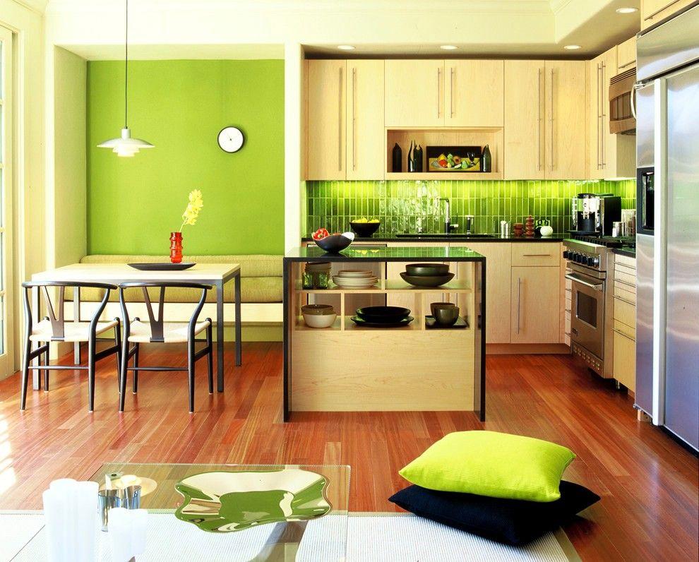 Встроенная кухня в зелёных тонах зарядит бодростью и жизнерадостностью на весь день