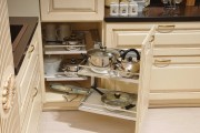 Фото 6 Выдвижные корзины для кухни (45 фото): оптимизация рабочего пространства
