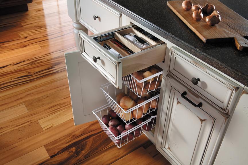 Удобные выдвижные сетки для хранения продуктов
