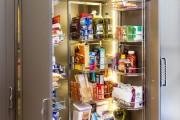Фото 10 Выдвижные корзины для кухни (45 фото): оптимизация рабочего пространства