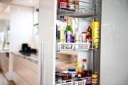 Фото 20 Выдвижные корзины для кухни (45 фото): оптимизация рабочего пространства