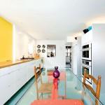 Стеклянные столы для кухни (59 фото): изящная хрупкость с сильным характером фото