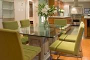 Фото 9 Стеклянные столы для кухни (59 фото): изящная хрупкость с сильным характером