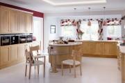 Фото 11 Стеклянные столы для кухни (59 фото): изящная хрупкость с сильным характером