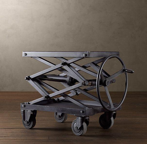 Надежный каркас обеспечит долгую службу стола-трансформера