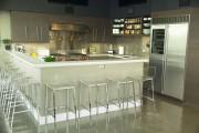 Фото 8 Барные стулья для кухни (75+ фото): обзор стильных моделей и где купить идеальный барный комплект?
