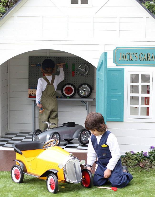 Игровой домик - гараж