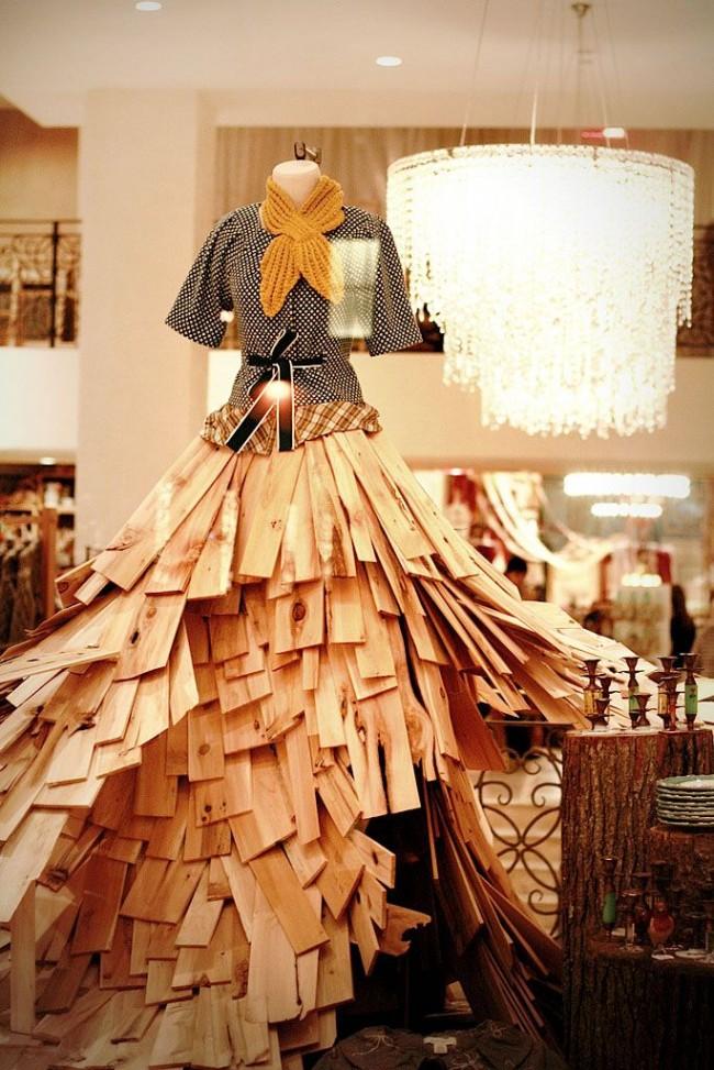 Юбка манекена из деревянных дощечек