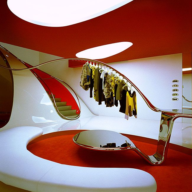 Создавая дизайн магазина женской одежды, важно сделать интерьер не только красивым, но и функциональным