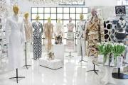Фото 6 Дизайн магазина женской одежды (82 фото): как создать стильный интерьер