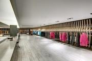 Фото 18 Дизайн магазина женской одежды (82 фото): как создать стильный интерьер