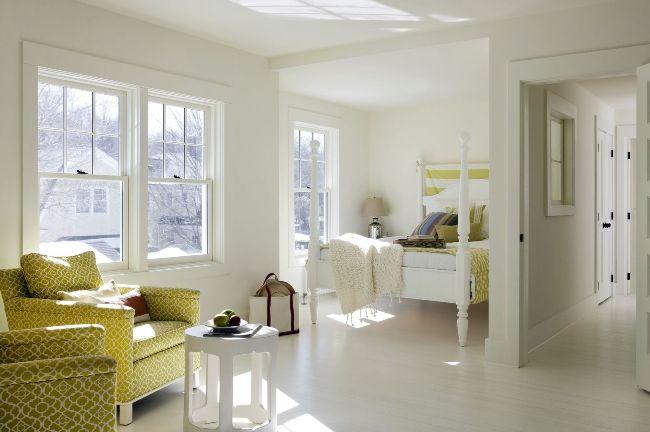 В просторной нише можно обустроить полноценную спальную комнату