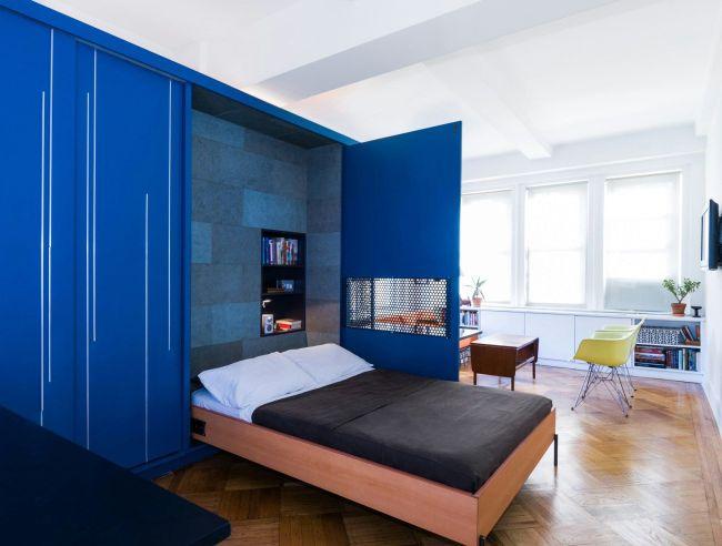 Функциональное решение для маленькой квартиры - откидная кровать