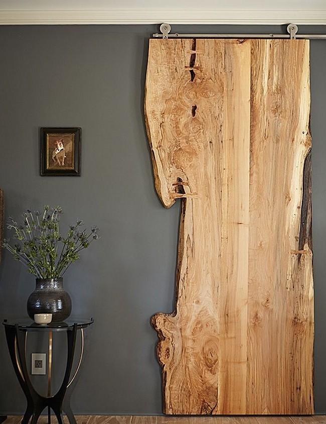 Деревянная дверь в эко-стиле