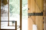 Фото 19 Деревянные входные входные: ТОП-10 надежных и стильных моделей для дома 2019 года