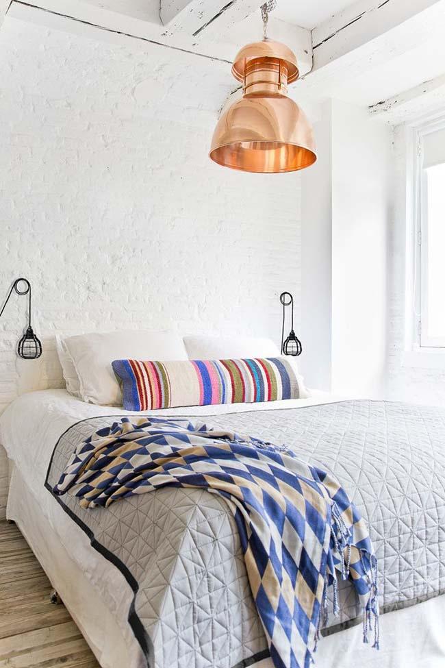 Итальянские светильники и люстры станут заметным акцентом любой комнаты