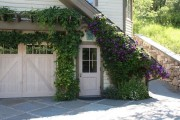 Фото 19 Клематисы в ландшафтном дизайне (45 фото): роскошное украшение двора