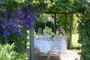 Фото 15 Клематисы в ландшафтном дизайне (45 фото): роскошное украшение двора