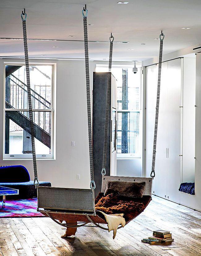 Разнообразие подвесных кроватей позволяет оборудовать спальное место в любом помещении
