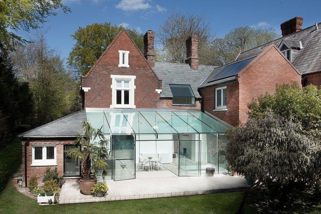 Экстерьер зимнего сада с односкатной крышей