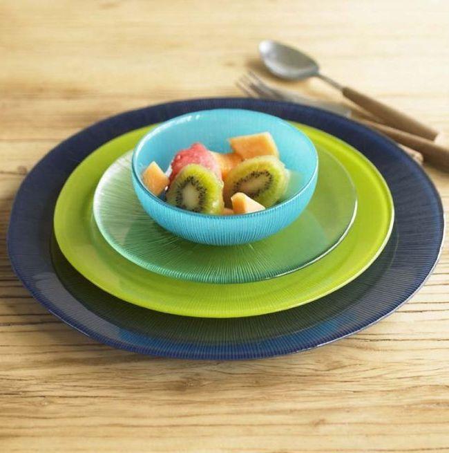 Посуда из стекла легко моется, она красивая и прочная