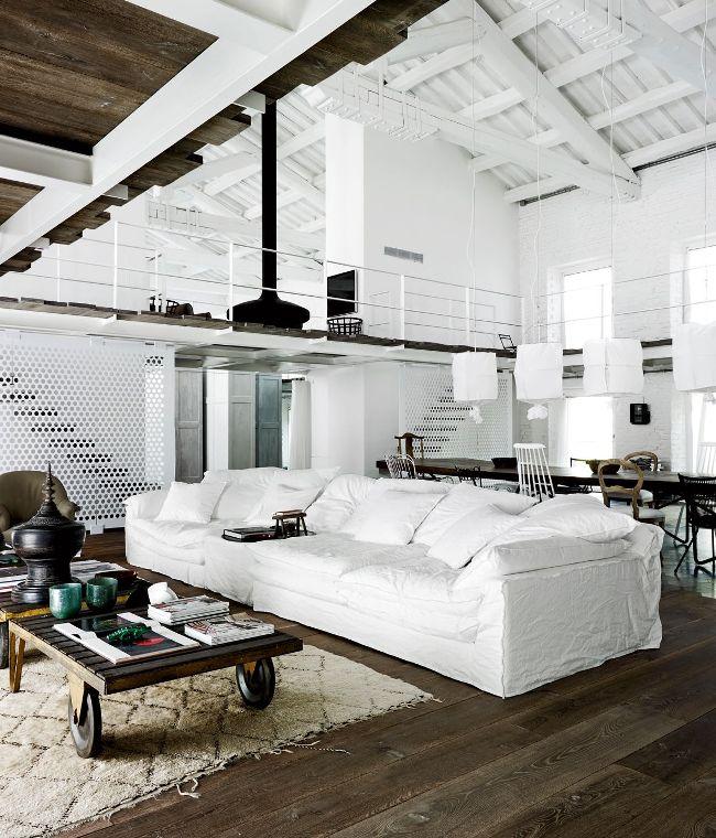 Два этажа таунхауса дают безграничные возможности для планирования и обустройства функционального пространства
