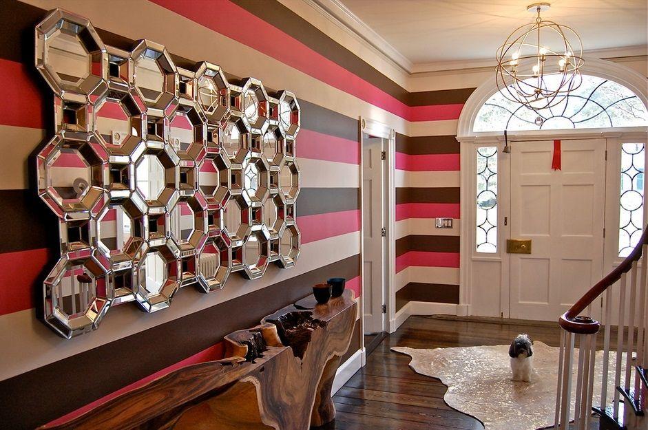 Зеркальные из шестигранники с деревянной полочкой