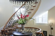 Фото 22 Кованые люстры (70+ фото): строгая изысканность в стильном интерьере