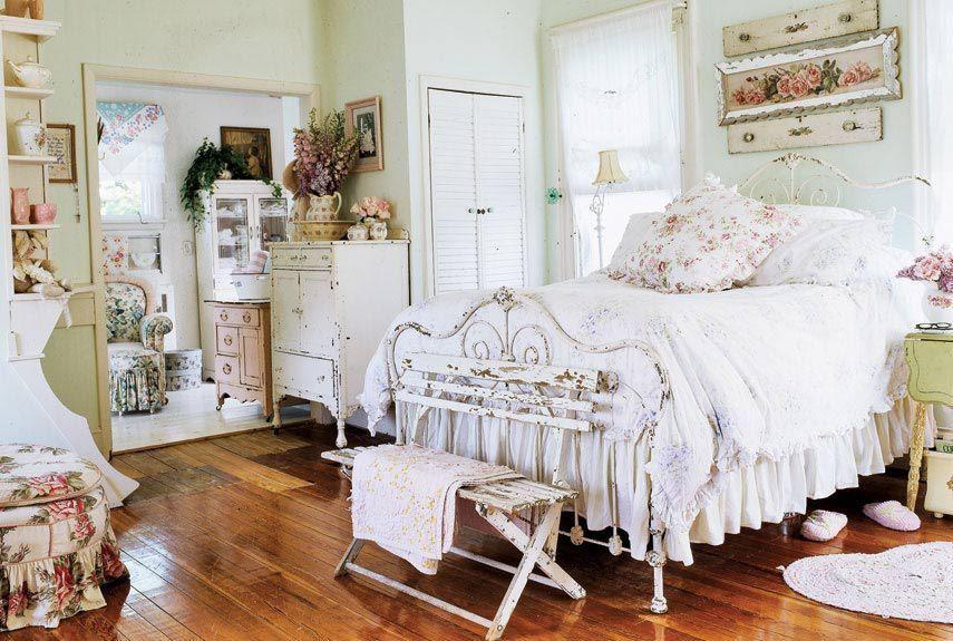 Особенная мебель - одна из основ интерьера шебби-шик