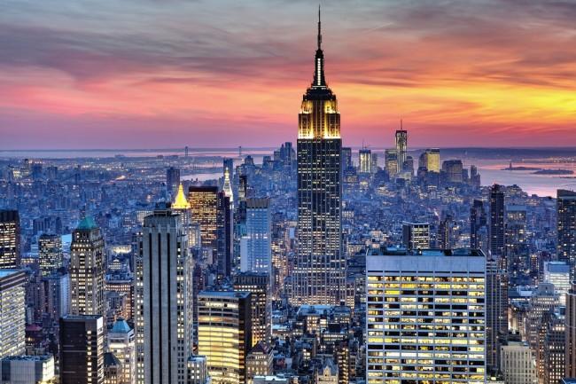 Эмпайр Стейт Билдинг (381 м) - небоскреб в Нью-Йорке