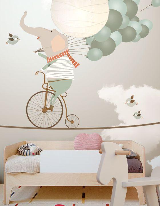 Фотообои с веселыми персонажами идеально подойдут для комнаты ребенка от 3 лет