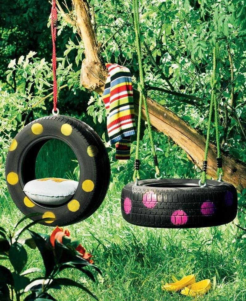Автомобильные шины могут стать отличны материалом для детских качель, если применить для них веселую раскраску