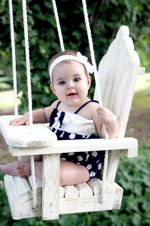 Для безопасности сидения качели необходимо предусмотреть спереди кресла горизонтальную планку, которая обеспечит защиту для вашего ребенка